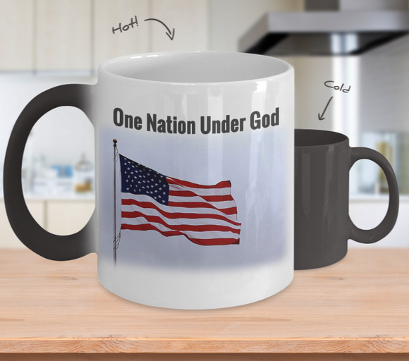 Patriotic American Flag 11 oz Magic Mug
