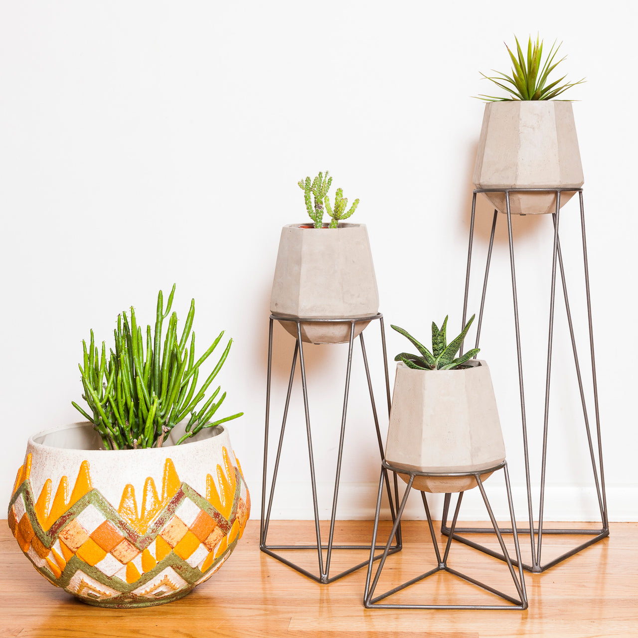 Gem Planter with Stand
