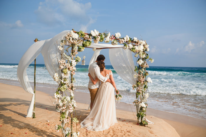 Pro Tips For Attending A Beach Wedding