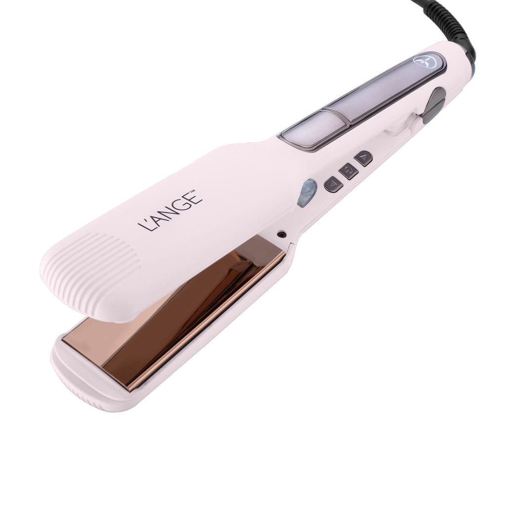 Le Gloss Blush Titanium Flat Iron