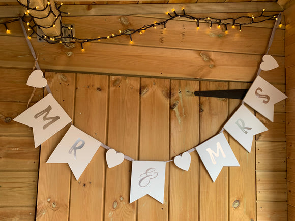 SALE! Wooden Mr & Mrs Bunting (Marked)