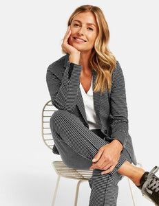 gerry weber eileen fisher cambio brax hugo boss women stores brooks brothers saks renfrew taifun online shop jackets womens suits toronto canada vancouver calgary olsen betty barcley barclay marc cain riani usa fall 2020 autumn winter 2021