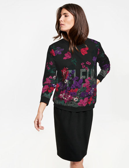 Pullover with Print