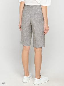 Bermuda Shorts in Sage