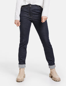 Jeans with Turn-up Hems