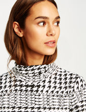 Turtleneck with Print