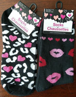 Hearts Lips Ankle Crew Socks Black Pink White Red Womens Size 9-11 *NEW Lot of 2