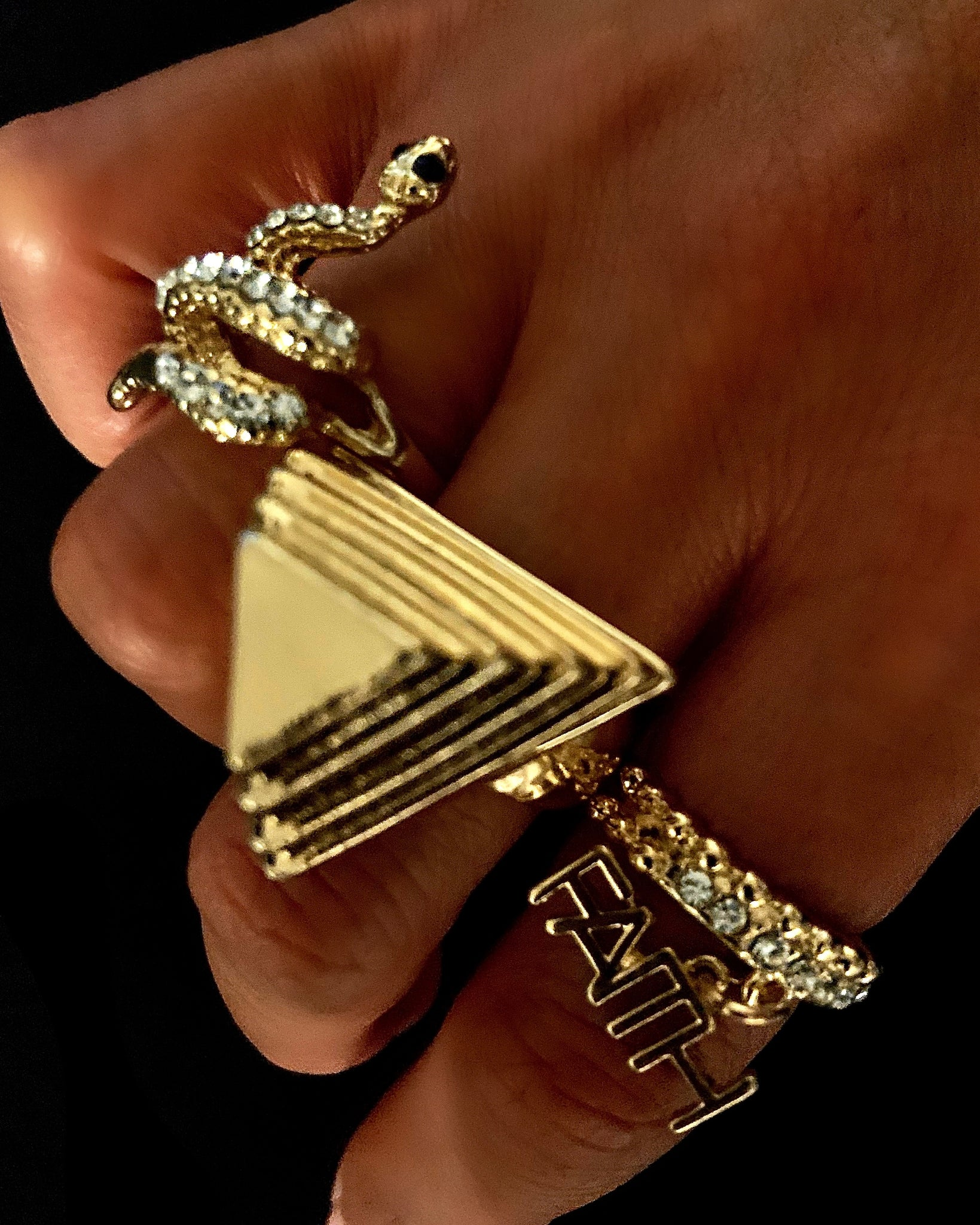 Giza Pyramid Ring {view}
