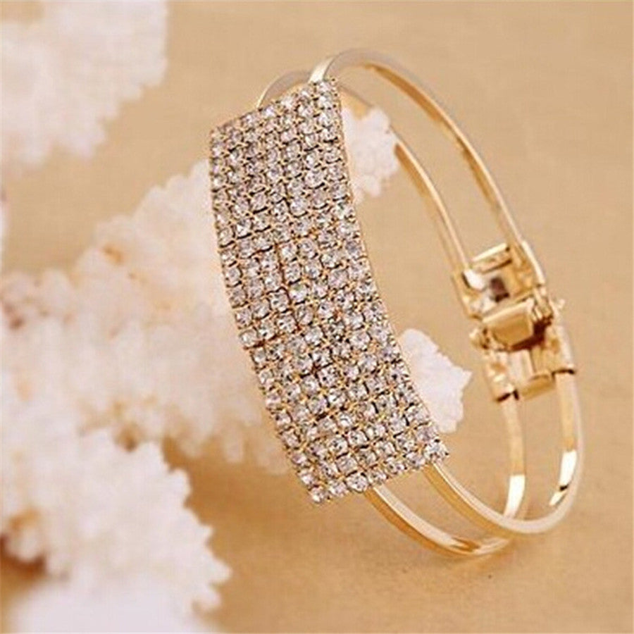 Elegant Flash All Over The Sky Star Wristband Bracelet - All Things Jewelry
