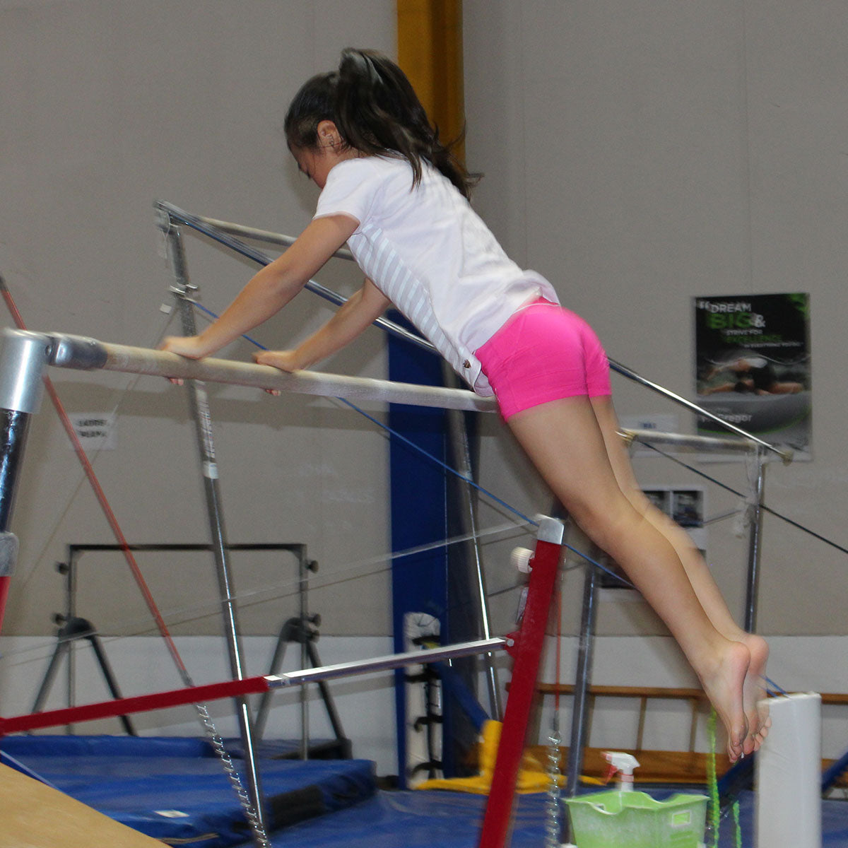 Beginner Girls Gymnastics Classes