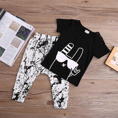 Baby boy clothes summer kids clothes sets t-shirt+pants suit clothing set Graffiti Printed Clothes newborn sport suits