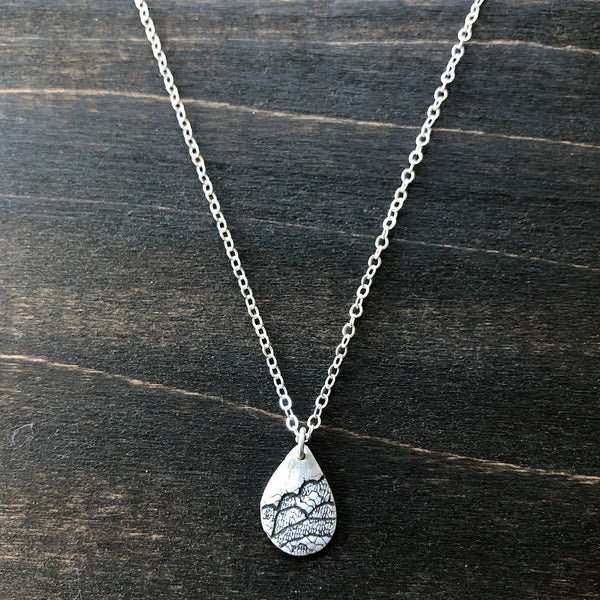 Jester Swink - Silver Teardrop Lace Pendant Necklace