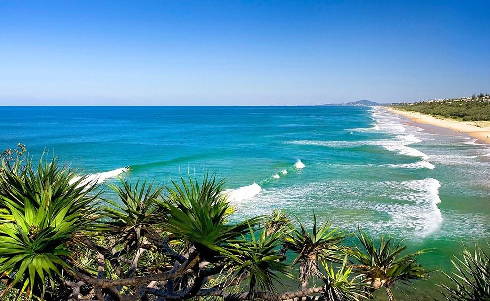 Luxury surfing at Noosa Heads, Australia