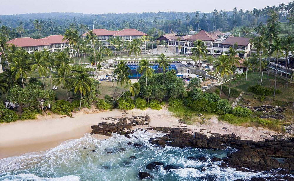 Luxury surfing at Anantara Peace Haven, Sri Lanka