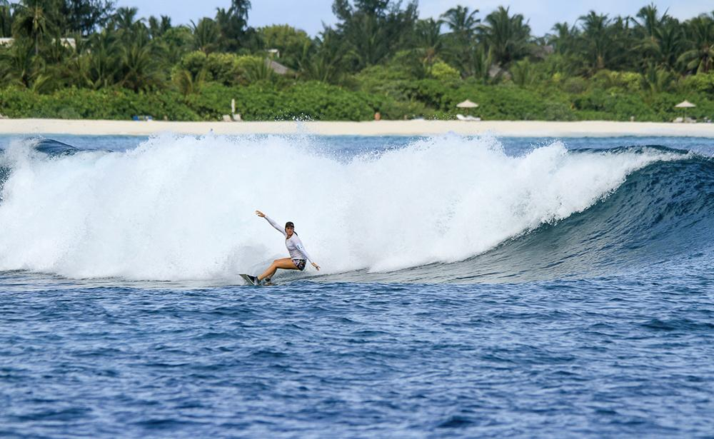 Waves could, Six Senses Laamu Maldives