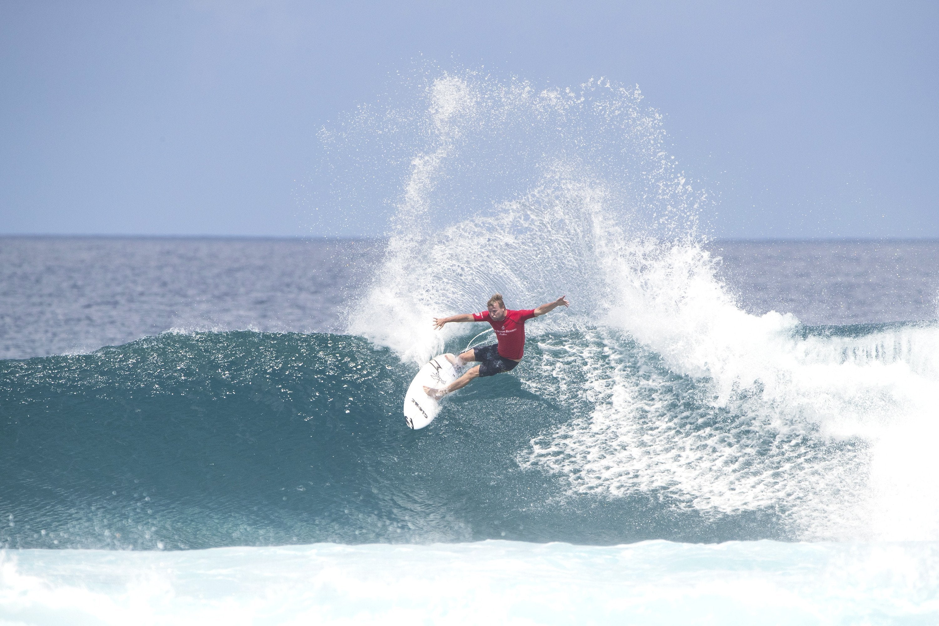 Art Of Luxury Surfing With