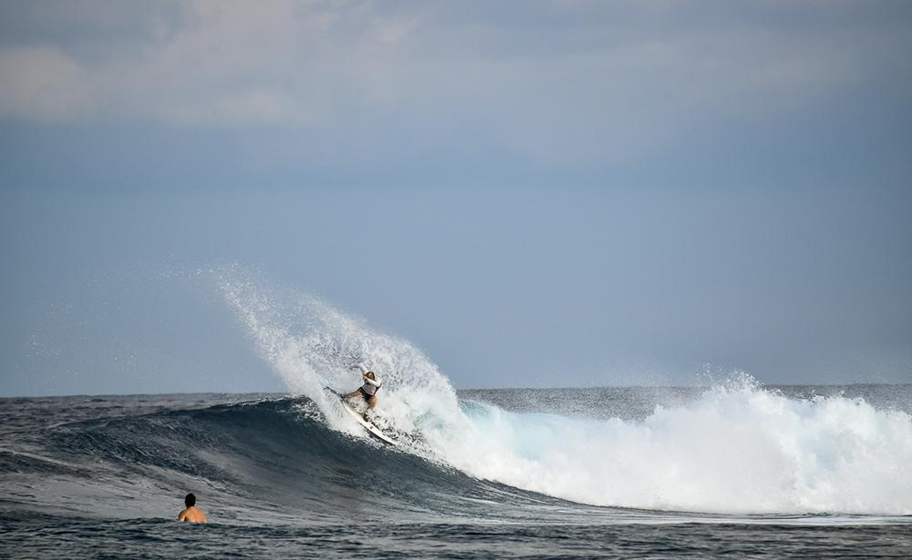 Fun Waves, Six Senses Laamu Maldives