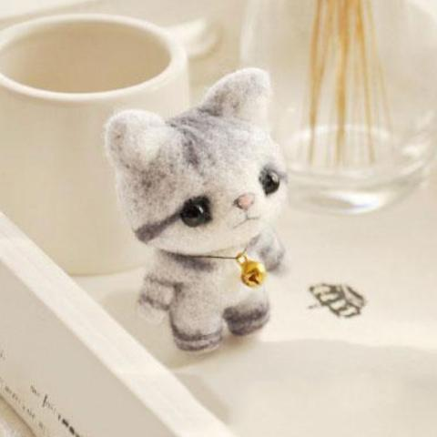 Grey Cat Felt Craft Kit With Tools
