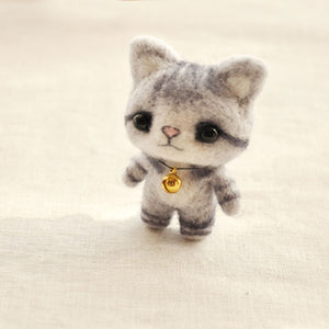 Grey Cat Felt Craft Kit With Tools - Rainbow Cabin