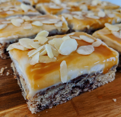 Choc Chip Cheesecake Slice (vegan)