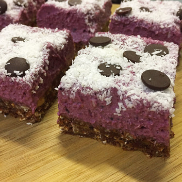No-bake Mixed Berry Chocolate Slice