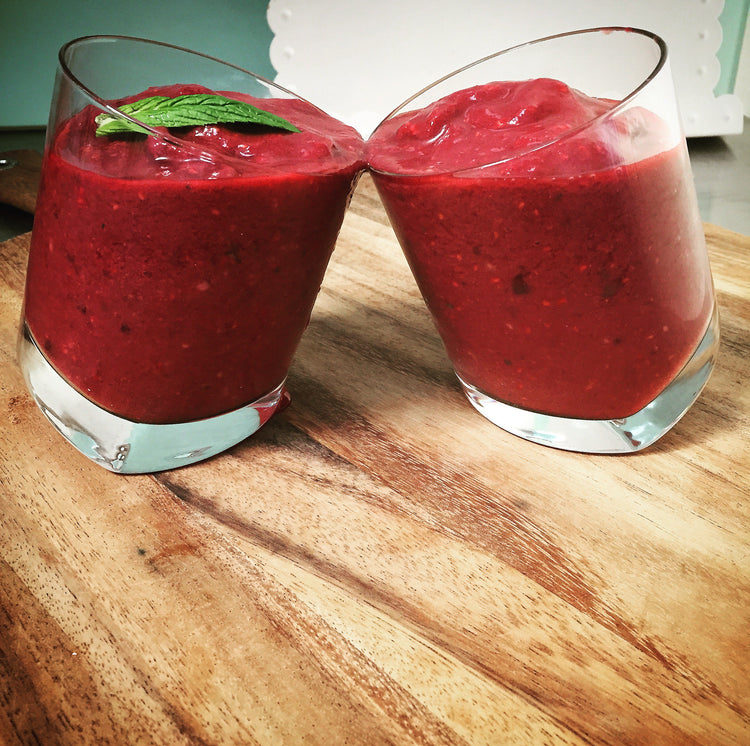 Raspberry and Acai Smoothie