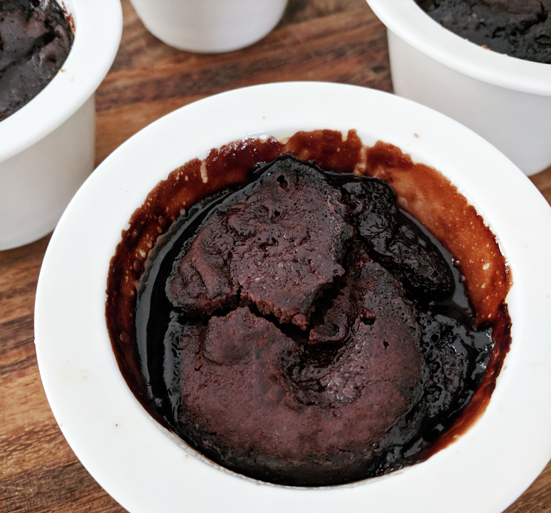 Easy Self-saucing Pudding