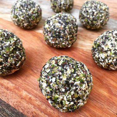 Pistachio and Currant Balls