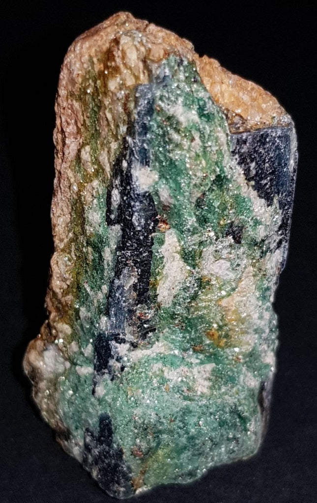 Kyanite Fuschite