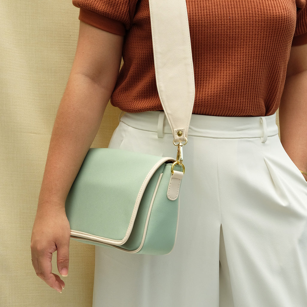 Charlotte Block Sling in Mint Green