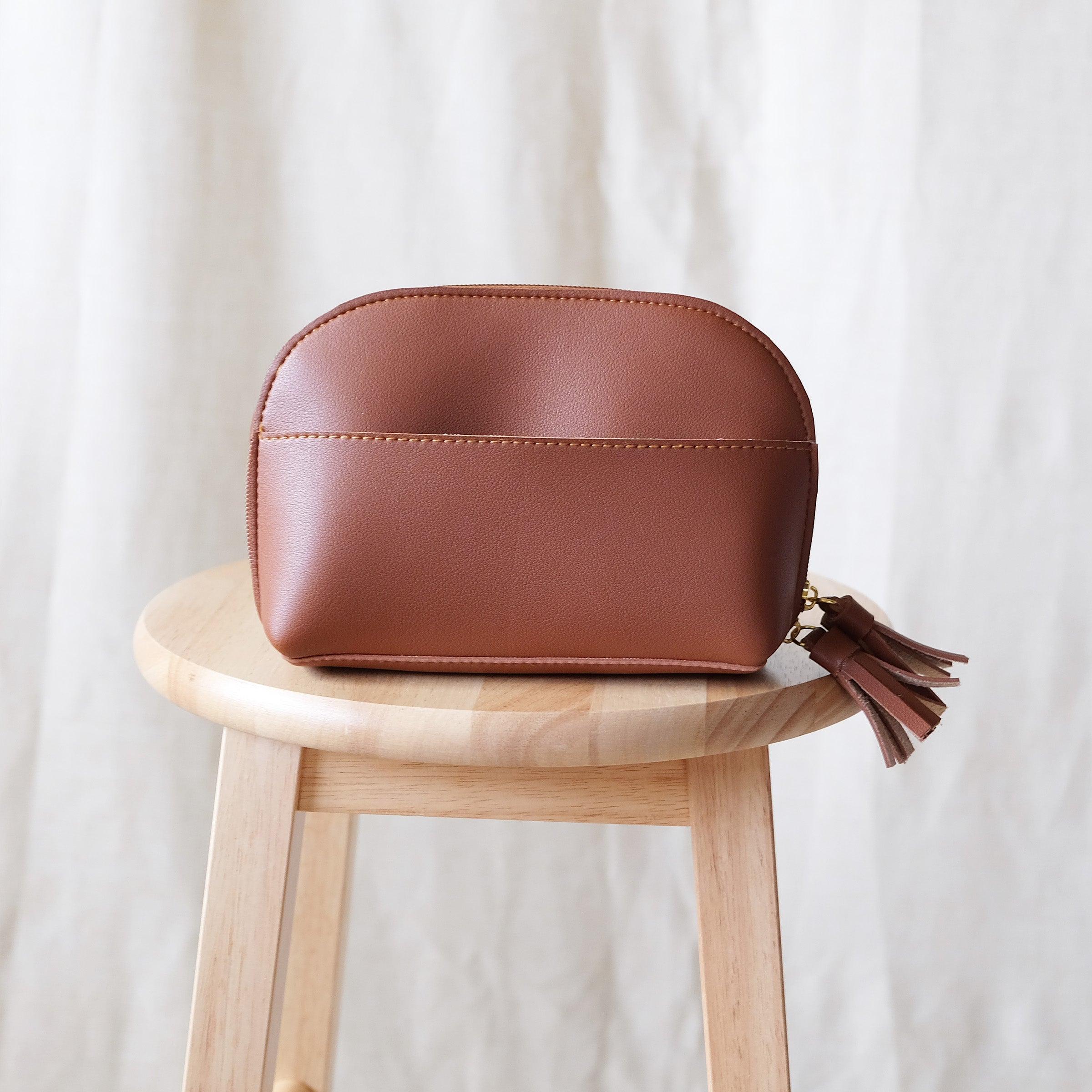 Clamshell Utility Kit in Tan