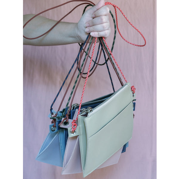 Lemmon Go Sling in Lilac Gray
