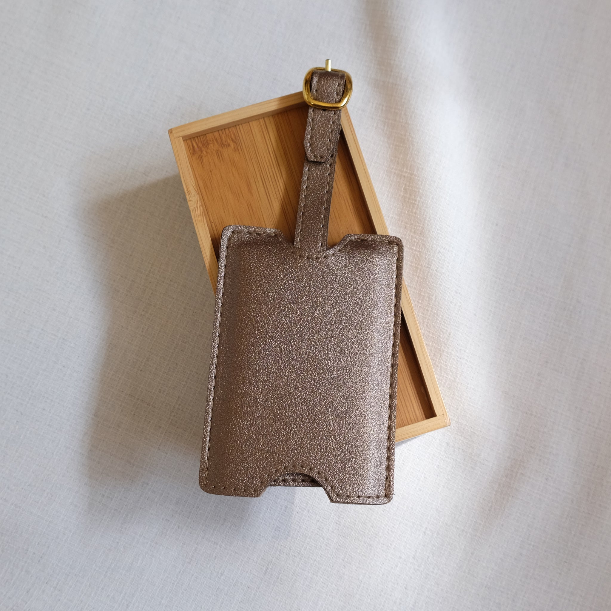 Premium Luggage Tag in Bronze