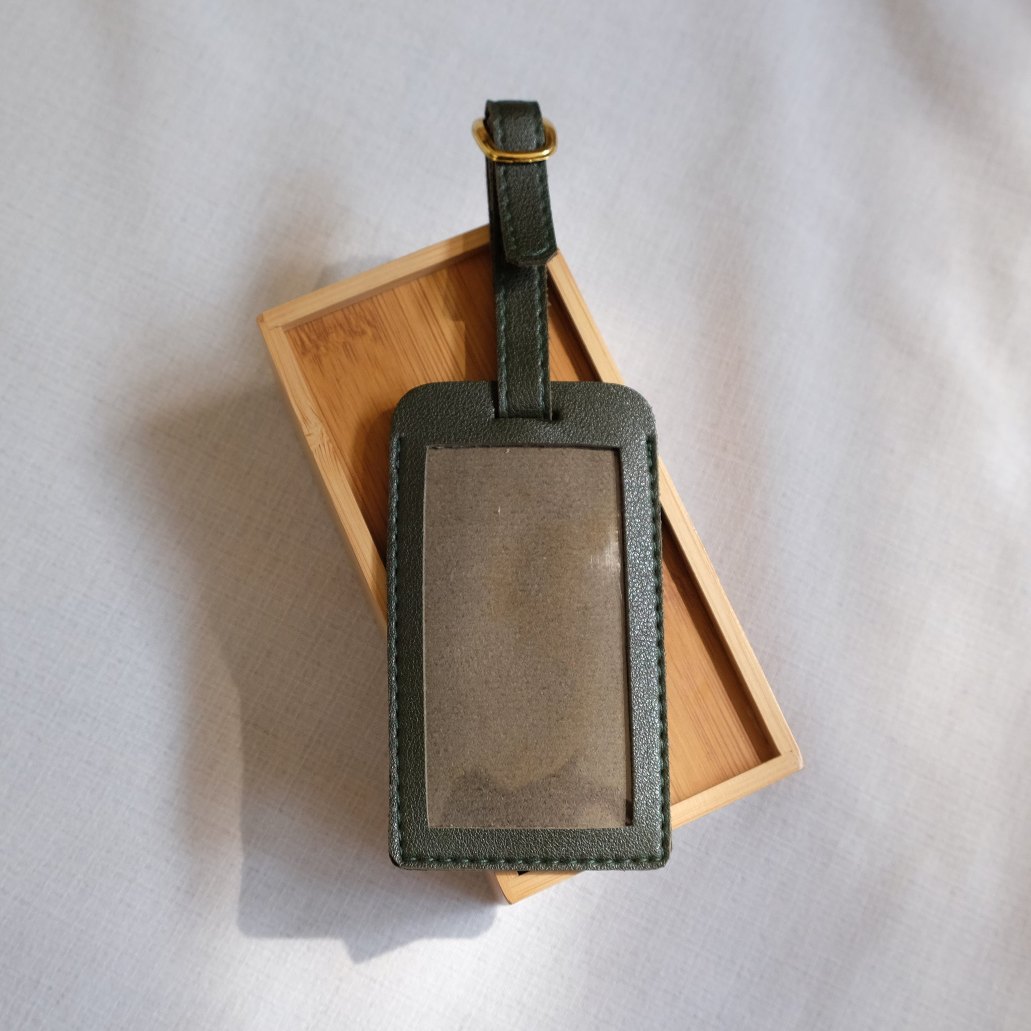 Standard Luggage Tag in Moss Green