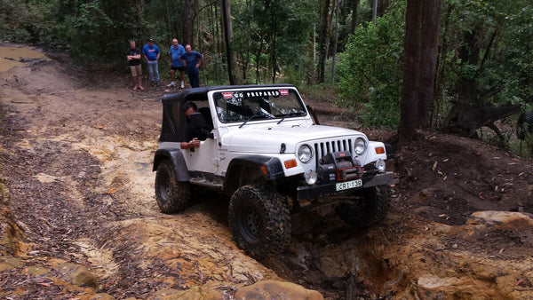 straddle ruts offroad