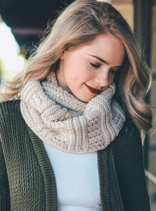 Ivory Ribbed Knit Infinity Scarf-Luxury Emporio