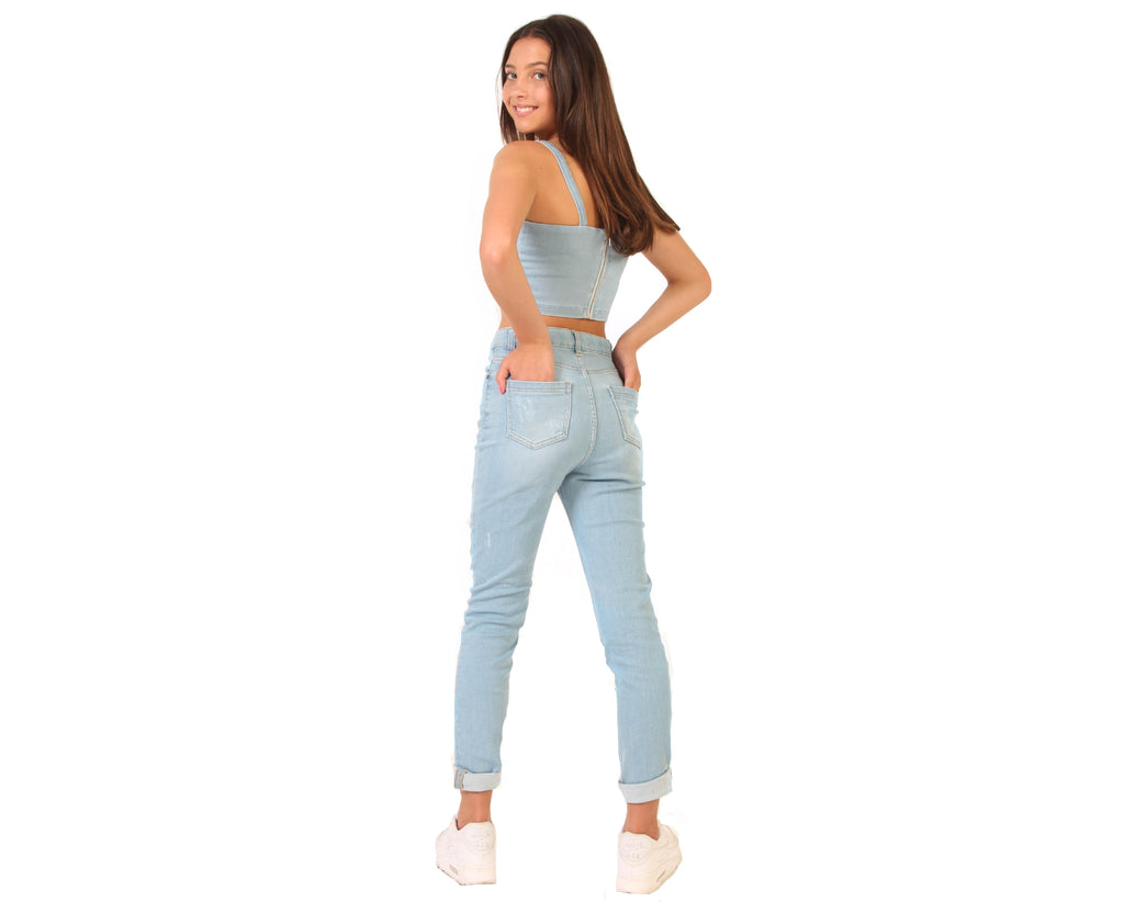 teen girl pale wash denim mom jeans