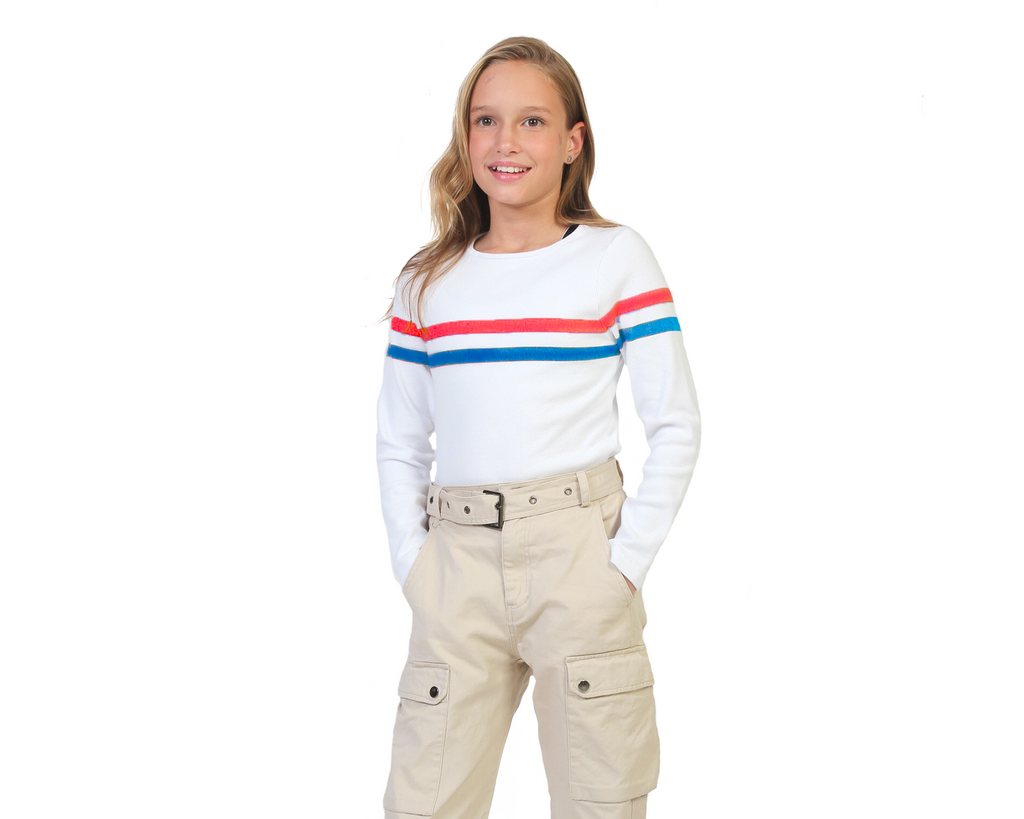 teen girl long sleeve white ribbed shirt with blue red stripe