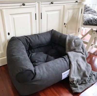 OVERSTUFFED SOFA BED