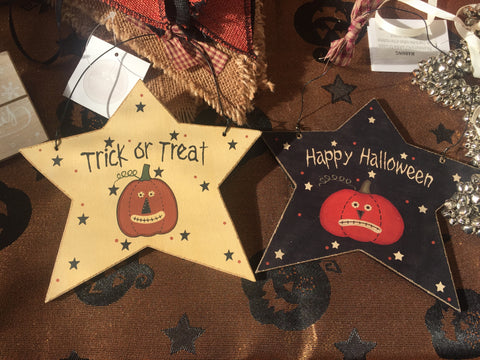 Hanging Trick or Treat Happy Halloween stars