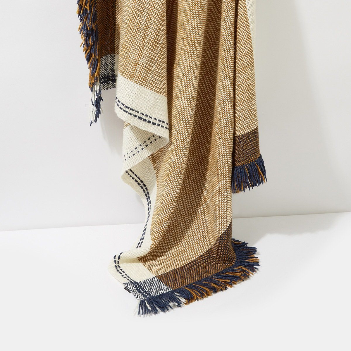 Andes Scarf Throw