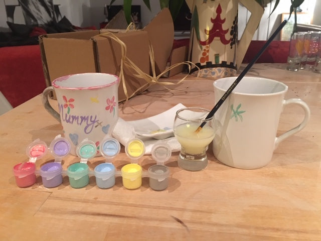 Paint your own mug kit