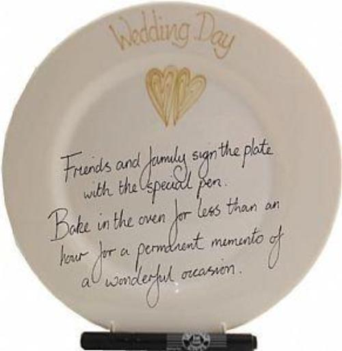 Wedding Day Plate Round (Gold Hearts)