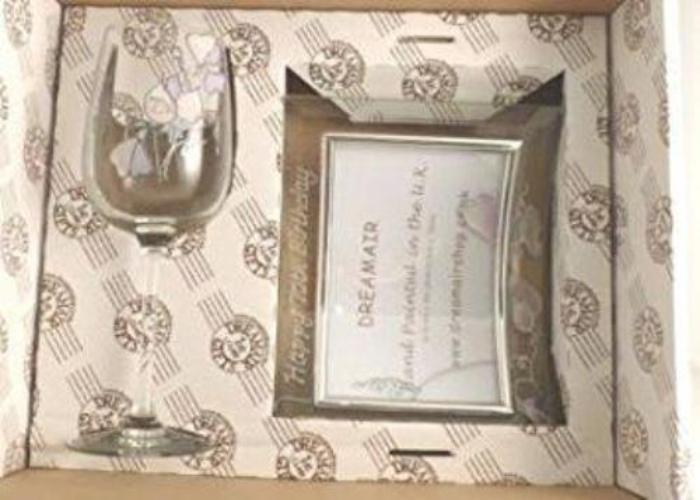 Wine & Frame Gift Box