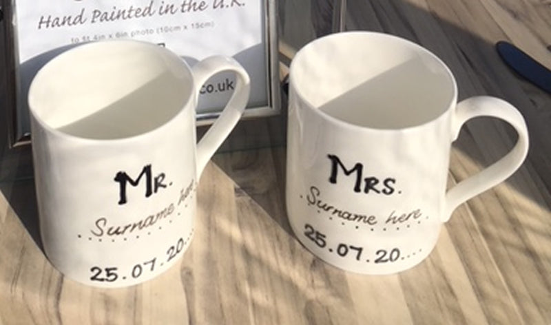 Personalised Mr & Mrs/ Mugs: (Blk/Sil)