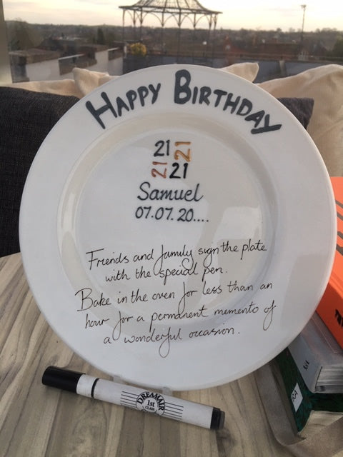 21st Birthday Gift Signature Plate: Round (Brush)
