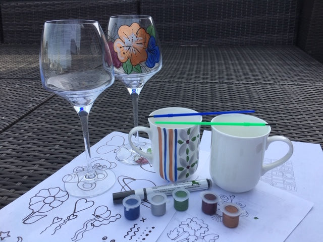Paint Your Own Craft Kit 9 : (2 wine glasses, 2 china mugs)