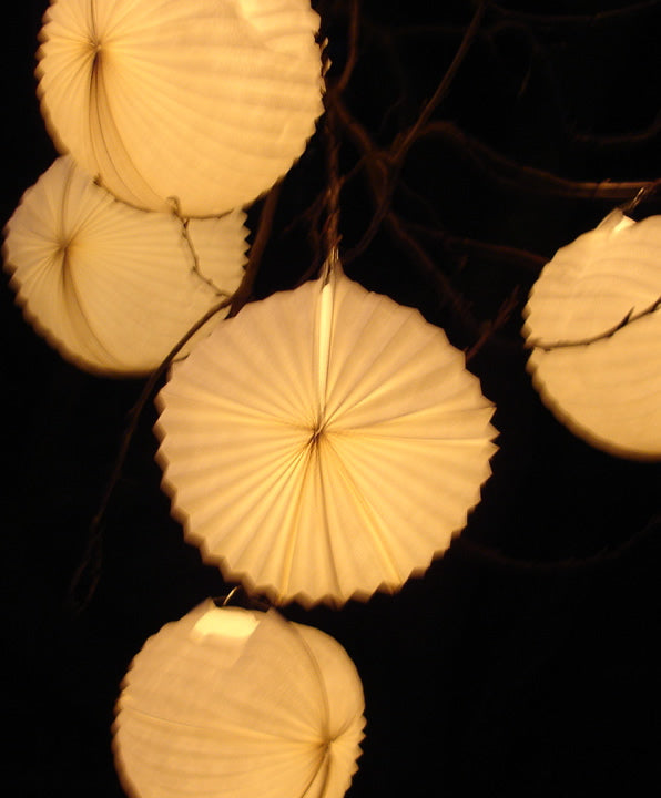 Garden Lanterns Hanging (White)