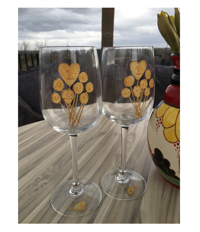 1st Wedding Anniversary Wine Glasses: (Flower)