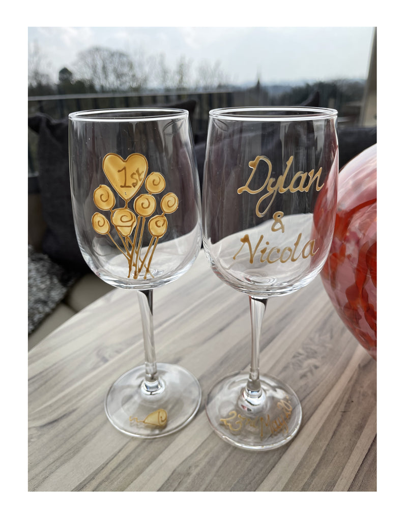 Personalised 1st Anniversary Wine Drinking Glasses